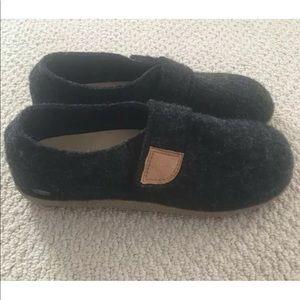 Giesswein Camden Ultra Comfort 100% Wool Shoes 10